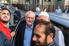 Jeremy Corbyn-Besuchsmoschee lizenzfreie stockfotografie