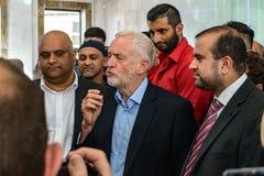 Jeremy Corbyn-Besuchsmoschee lizenzfreie stockbilder