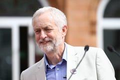 Jeremy Corbyn-bezoeken Redhouse, Merthyr Tydfil, Zuid-Wales, het UK royalty-vrije stock afbeelding