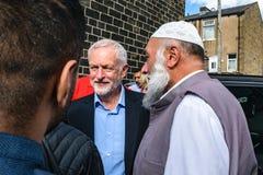 Jeremy Corbyn-het bezoeken Moskee stock fotografie