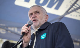 Jeremy Corbyn Speaks bij de Verzameling van de Artsen Stock Foto