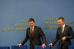 Jeremy polowanie, minister Cudzoziemskie sprawy Latvia - sprawy Zjednoczone Królestwo Rinkevics i Edgars, minister Cudzoziemski - obrazy royalty free