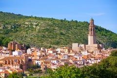 Jerica Castellon在西班牙的女低音Palancia的村庄地平线 库存照片