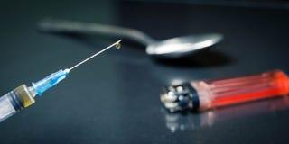 Jeringuilla, heroína, cocaína, cuchara Fotografía de archivo libre de regalías