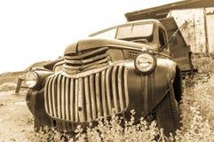JEROME, DE V.S. - 26 AUGUSTUS: De oude auto van Jerome Arizona, 2013 Stock Foto's