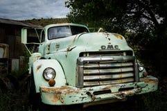 JEROME, DE V.S. - 26 AUGUSTUS: De oude auto van Jerome Arizona, 2013 Stock Afbeelding