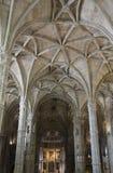Jeronimos修道院的教会内部 图库摄影