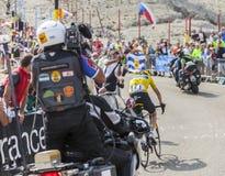 Jersey amarillo en Mont Ventoux - Tour de France 2013 Imagenes de archivo