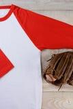 Jersey di baseball con il guanto Fotografia Stock Libera da Diritti