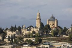 Jerusalén, Israel - 26 de diciembre de 2016, Dormition Abby y ciudad vieja Imagen de archivo libre de regalías
