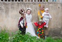 JERUSALÉN, ISRAEL - 15 DE MARZO DE 2006: Carnaval de Purim en el cuarto ultraortodoxo famoso de Jerusalén - Mea Shearim Imagen de archivo
