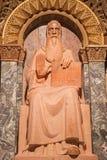 Jerusalén - la estatua de St Benedicto de Nursia (fundador del benedictino) en la abadía de Dormition Fotografía de archivo
