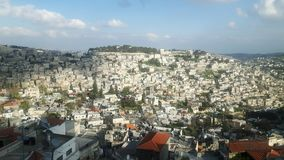 Jerusalem gesehen von der Stadtmauer lizenzfreie stockfotografie