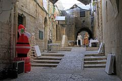 Narrow street in the old town of Jerusalem Stock Images
