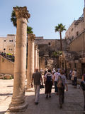 JERUSALEM,ISRAEL - JULI 13, 2015: Cardo Maximus, Roman Pillars . Royalty Free Stock Images