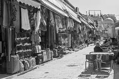 JERUSALEM ISRAEL - MARS 5, 2015: Marknadsgatan i gammal stad på full aktivitet Royaltyfria Bilder