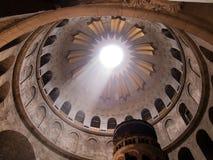 JERUSALEM - Juli 13: Grekiskt kapell av kyrkan av den heliga griften i Jerusalem, Juli 13, 2015 Arkivbilder