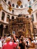 JERUSALEM - Juli 13: Grekiskt kapell av kyrkan av heliga Sepulchr Royaltyfri Foto