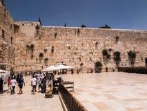 JERUSALEM - Juli 15: Jewish prayers and pilgrims beside Western Royalty Free Stock Images