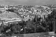 Jerusalem - Outlook from Mount of Olives to Hl. Mary of Magdalene Russian orthodox church Royalty Free Stock Images