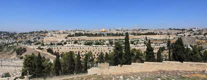 Jerusalem panorama från Mount of Olives Arkivfoton