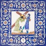 Jerusalem - Simon av Cyrene hjälp Jesus som bär hans kors i St George anglicanskyrka från 20 cent Arkivbilder