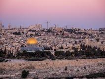 Jeruzalem bij Schemer Stock Afbeeldingen