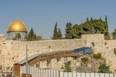 JERUZALEM de belangrijkste poorten en de vestingsmuren van de oude stad Royalty-vrije Stock Foto's