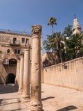 JERUZALEM, ISRAËL - JULI 13, 2015: Cardo Maximus, Roman Pillars Stock Foto's