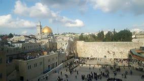 Jeruzalem van stadsmuur die wordt gezien stock foto