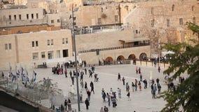 Jeruzalem, westelijke muur en koepel van de rots, de vlag van Israël, algemeen plan, timelapse stock videobeelden