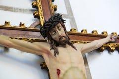 Jesús en el Viernes Santo - estatua en la catedral de Mechelen imágenes de archivo libres de regalías