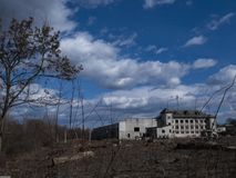 Jesień w strefie niedopuszczenie Strefa wysoka promieniotwórczość Jak Chernobyl katastrofa Miasto widmo Pripyat Ukraina obraz stock