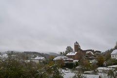 Jesień śnieżyca na Październiku 30 w Niemcy, Bertradaburg w Muerlenbach, Eifel zdjęcie royalty free