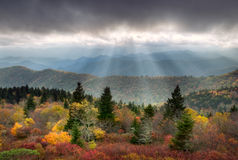 jesień błękit krajobrazu parkway grań sceniczna Obraz Royalty Free