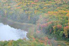 jesień chmurnieje jezioro fotografia royalty free