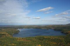 jesień drewno jeziorny mały Obraz Royalty Free