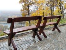 Jesień dwie ławki Fotografia Stock