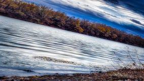 Jesień krajobraz, piękna, niebezpieczna, ponura fotografia, Obrazy Royalty Free