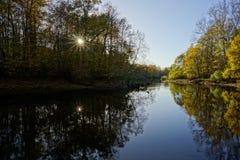 Jesień krajobraz w słonecznym dniu obrazy stock