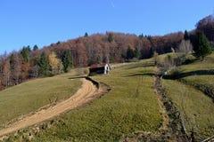 Jesień na halnych ścieżkach zdjęcie royalty free