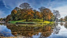 Jesień na ramparts Alkmaar obraz royalty free