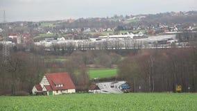 Jesień, nieociosany góra krajobraz, rozdroża, światła ruchu dzień deszcz Niemcy zdjęcie wideo
