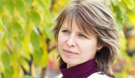 jesień piękna portreta kobieta Obrazy Stock