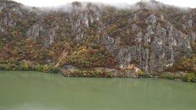 Jesień przy Danube wąwozami zbiory wideo