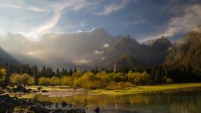 Jesień ranek w alps Obraz Stock