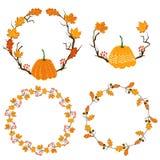 Jesień sezonu rama z banią, liśćmi klonowymi i czerwieni jagodami, suszy gałąź Spadek dekoraci element dla kart i Ilustracji