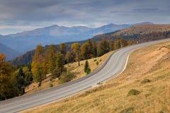 jesień Crimea halny drogowy Ukraine Fotografia Stock