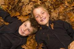 Jesień dzieciaki Zdjęcie Royalty Free
