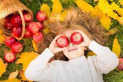 jesień dziecka plenerowy park Zdjęcie Royalty Free